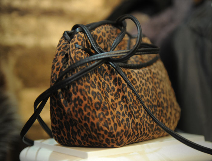 Heinsight Leopard Purse Slider Image